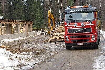 Rakennuksen purkutyöt, rakennusjätteen kuljetus - Ollin Sora